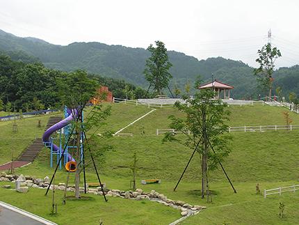 彩甲斐公園(道の駅花かげの郷まきおか裏)